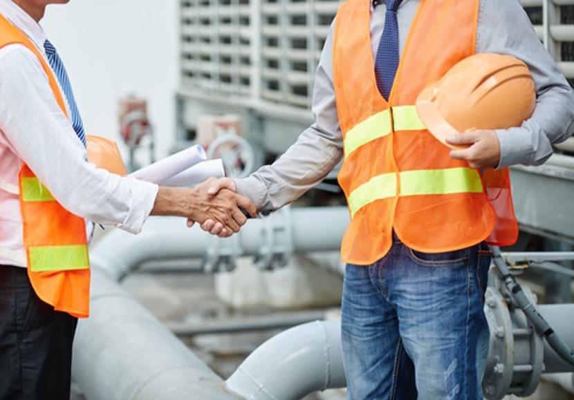 Quais cursos podem ser fundamentais para trabalhar na indústria