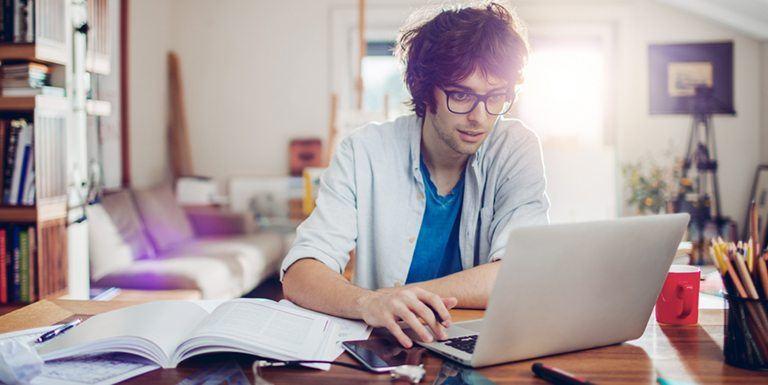 como-escolher-o-melhor-programa-de-cursos-online-20180215145638.jpg