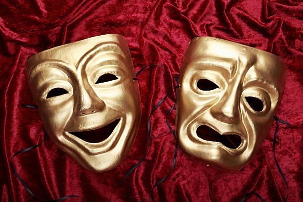 conheca-os-beneficios-de-fazer-um-curso-de-teatro-online-20180410114103.jpg