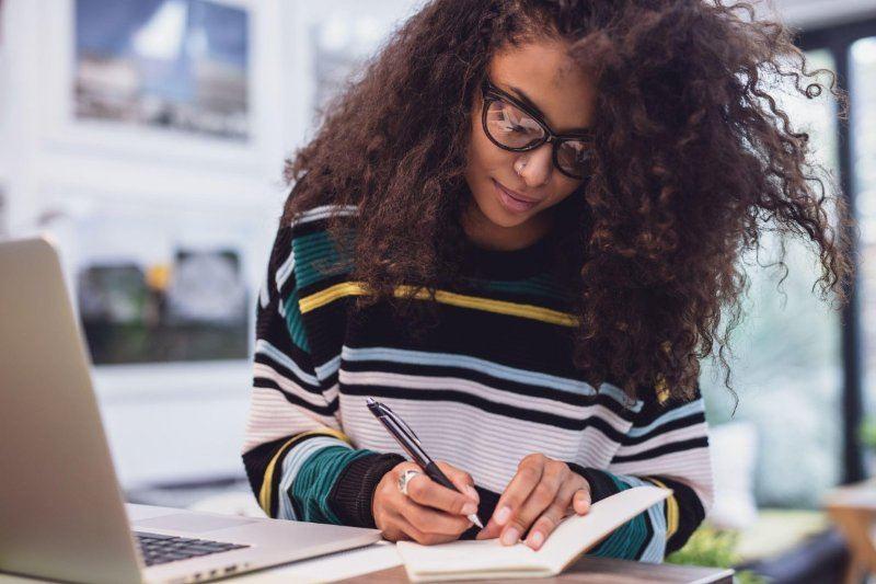 qual-a-validade-dos-cursos-livres-no-mercado-de-trabalho-20180410114103.jpg